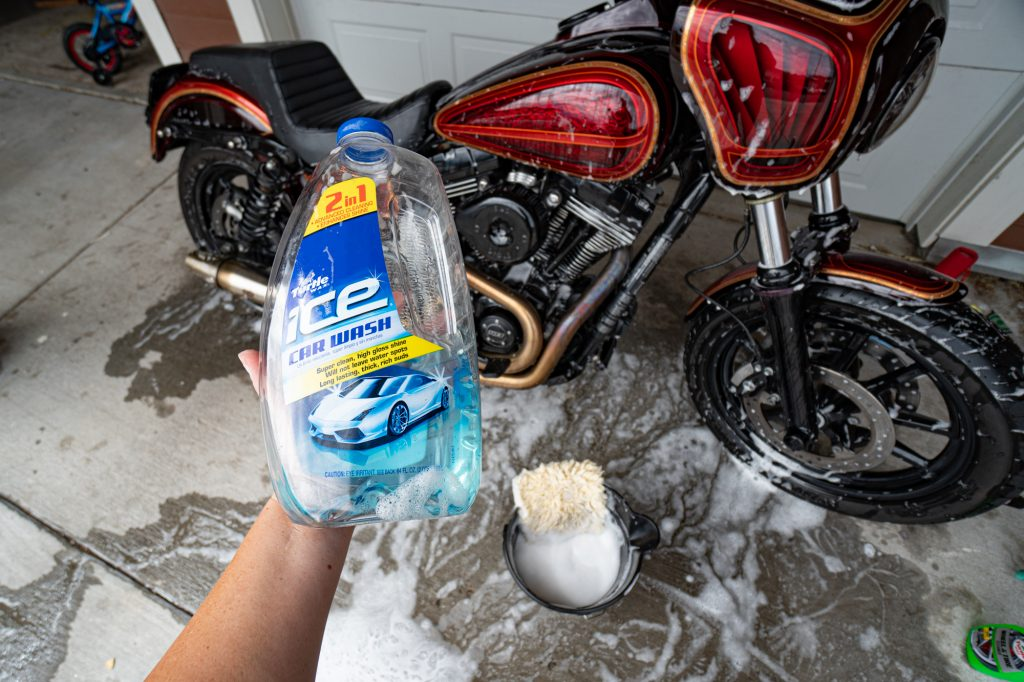Turtle Wax Ice Car Wash Soap for Motorcycle Detail