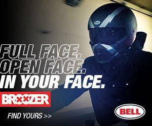 bell-broozer-street-motorcycle-helmet-arc-matte-black-gray-lifestyle-300x250-1.jpg