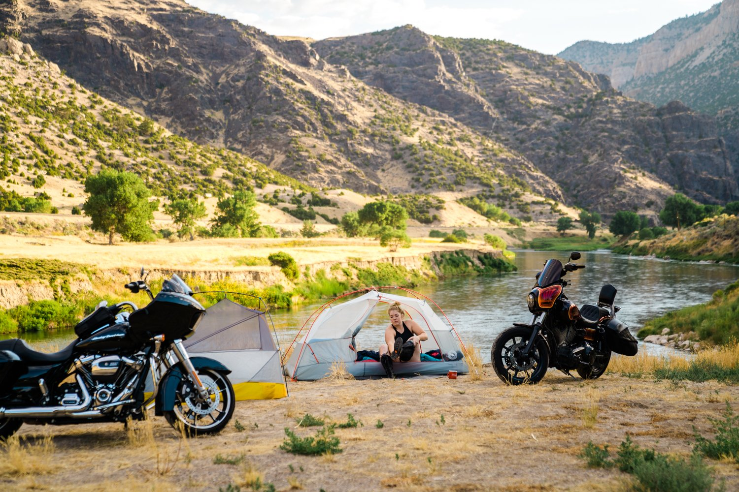 Motorcycle Camping: How to Find the Best Campsites
